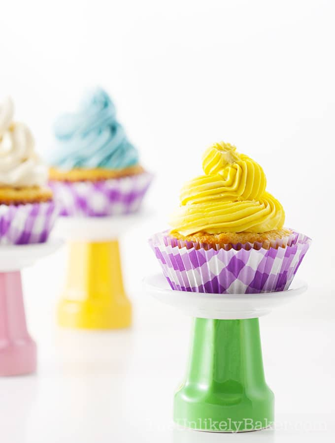 Easy Vanilla Cupcake Recipe