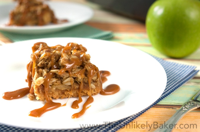 Crunchy Salted Caramel Apple Crumble Bars