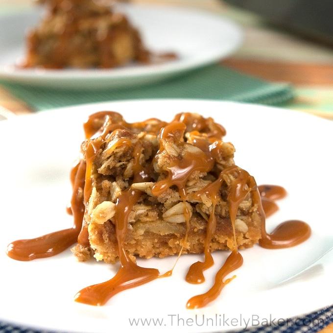 Crunchy Salted Caramel Apple Crumble Bars