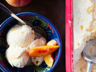 Bourbon Peach Ice Cream Recipe (No Ice Cream Machine)
