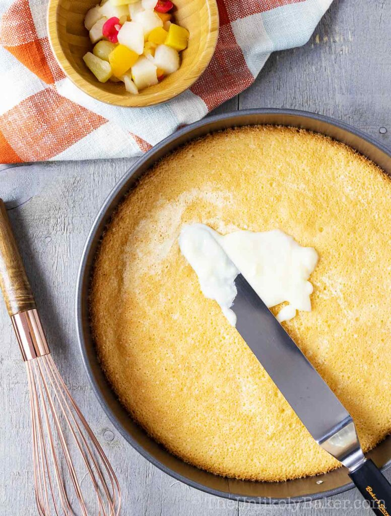 How to Assemble Crema de Fruta Cake