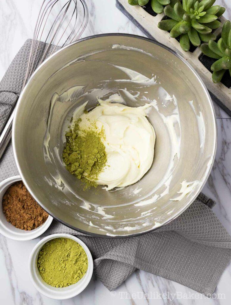 Cream cheese with matcha powder