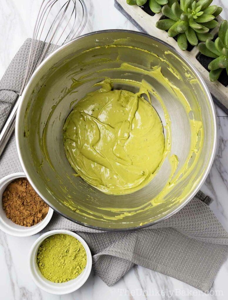 Matcha cream cheese mixture