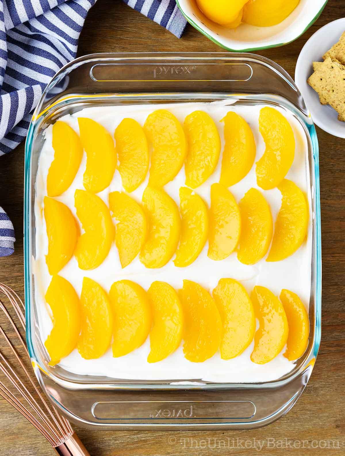 delicious no-bake peach summer dessert