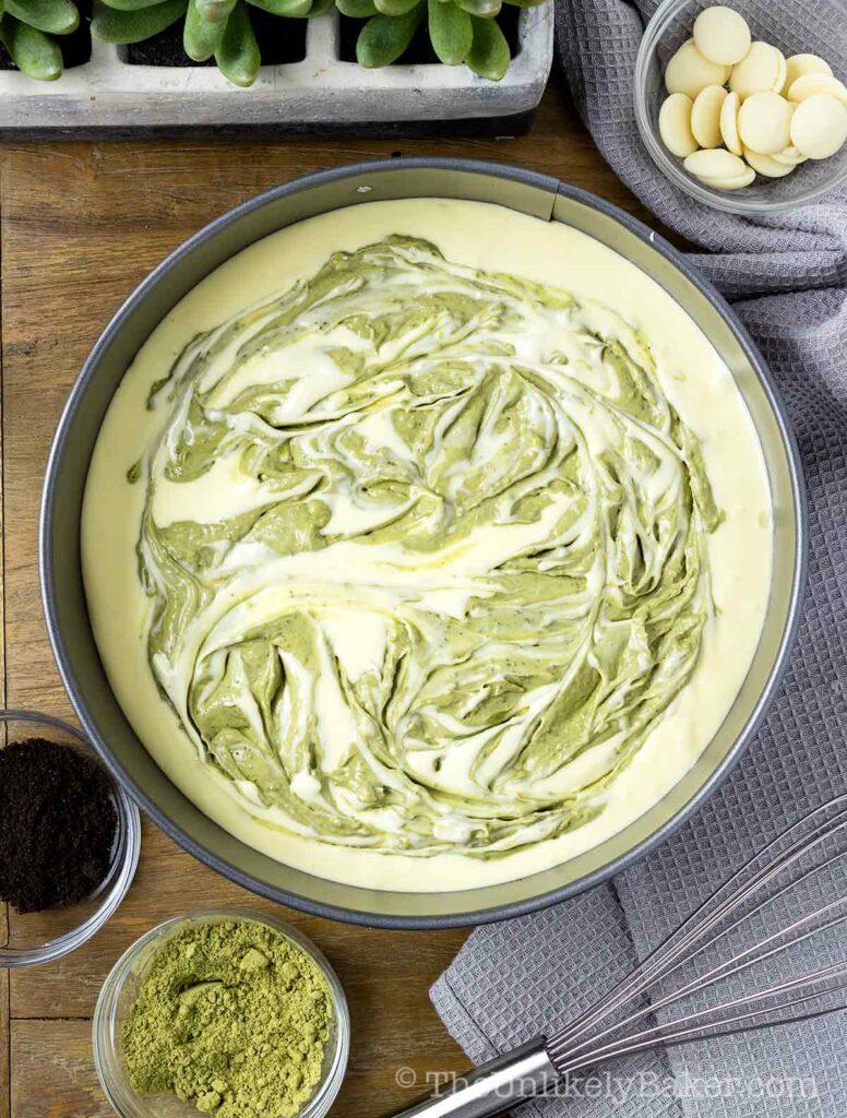Make matcha cheesecake swirls