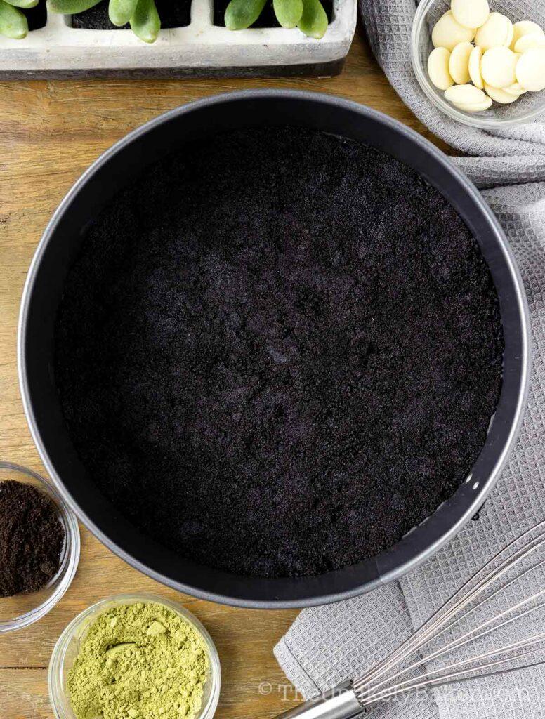 Press crust mixture into pan